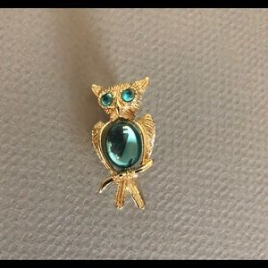 Jelly Belly Owl scatter pin brooch